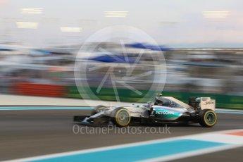 World © Octane Photographic Ltd. Mercedes AMG Petronas F1 W06 Hybrid – Nico Rosberg. Friday 27th November 2015, F1 Abu Dhabi Grand Prix, Practice 2, Yas Marina. Digital Ref: 1478CB7D1896