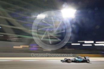 World © Octane Photographic Ltd. Mercedes AMG Petronas F1 W06 Hybrid – Lewis Hamilton. Friday 27th November 2015, F1 Abu Dhabi Grand Prix, Practice 2, Yas Marina. Digital Ref: 1478CB7D2411