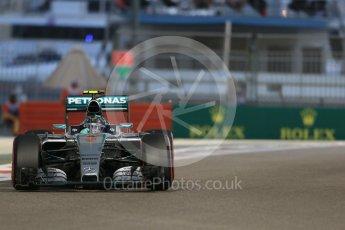 World © Octane Photographic Ltd. Mercedes AMG Petronas F1 W06 Hybrid – Nico Rosberg. Friday 27th November 2015, F1 Abu Dhabi Grand Prix, Practice 2, Yas Marina. Digital Ref: 1478LB1D7363