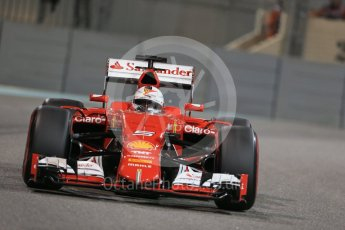 World © Octane Photographic Ltd. Scuderia Ferrari SF15-T– Sebastian Vettel. Friday 27th November 2015, F1 Abu Dhabi Grand Prix, Practice 2, Yas Marina. Digital Ref: 1478LB1D7882