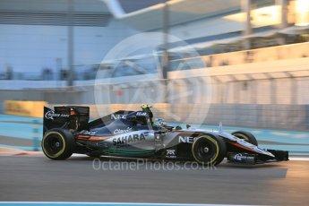 World © Octane Photographic Ltd. Sahara Force India VJM08B – Sergio Perez. Friday 27th November 2015, F1 Abu Dhabi Grand Prix, Practice 2, Yas Marina. Digital Ref: 1478LB5D4025