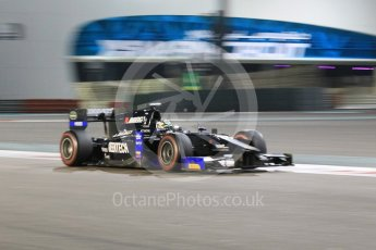 World © Octane Photographic Ltd. Friday 27th November 2015. Daiko Team Lazarus– Nathanaël Berthon. GP2 Qualifying, Yas Marina, Abu Dhabi. Digital Ref. : 1481CB1L6065