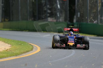 World © Octane Photographic Ltd. Scuderia Toro Rosso STR10 – Carlos Sainz Jnr. Friday 13th March 2015, F1 Australian GP Practice 1, Melbourne, Albert Park, Australia. Digital Ref:1200LB1D5484