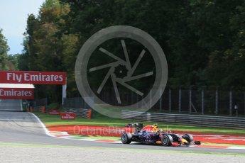 World © Octane Photographic Ltd. Infiniti Red Bull Racing RB11 – Daniil Kvyat. Friday 4th September 2015, F1 Italian GP Practice 1, Monza, Italy. Digital Ref: 1405LB1D8695