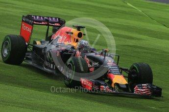 World © Octane Photographic Ltd. Infiniti Red Bull Racing RB11 – Daniel Ricciardo. Friday 25th September 2015, F1 Japanese Grand Prix, Practice 2, Suzuka. Digital Ref: