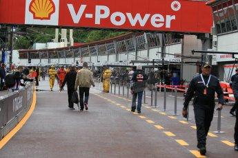 World © Octane Photographic Ltd. Thursday 21st May 2015, F1 Practice 1 pitlane, Monte Carlo, Monaco. Digital Ref: 1272CB1L9582