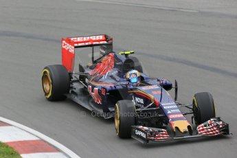 World © Octane Photographic Ltd. Scuderia Toro Rosso STR10 – Carlos Sainz Jnr. Friday 5th June 2015, F1 Canadian GP Practice 2, Circuit Gilles Villeneuve, Montreal, Canada. Digital Ref: 1292LB1D0039