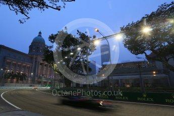 World © Octane Photographic Ltd. McLaren Honda MP4/30 – Fernando Alonso. Friday 18th September 2015, F1 Singapore Grand Prix Practice 1, Marina Bay. Digital Ref:
