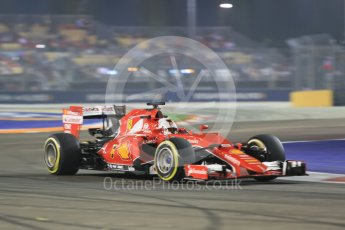 World © Octane Photographic Ltd. Scuderia Ferrari SF15-T– Sebastian Vettel. Friday 18th September 2015, F1 Singapore Grand Prix Practice 2, Marina Bay. Digital Ref: 1429CB5D0273