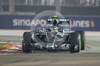 World © Octane Photographic Ltd. Mercedes AMG Petronas F1 W06 Hybrid – Nico Rosberg. Friday 18th September 2015, F1 Singapore Grand Prix Practice 2, Marina Bay. Digital Ref: 1429CB7D0544