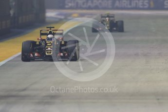 World © Octane Photographic Ltd. Lotus F1 Team E23 Hybrid – Romain Grosjean. Friday 18th September 2015, F1 Singapore Grand Prix Practice 2, Marina Bay. Digital Ref: 1429CB7D0701