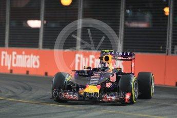 World © Octane Photographic Ltd. Infiniti Red Bull Racing RB11 – Daniil Kvyat. Friday 18th September 2015, F1 Singapore Grand Prix Practice 2, Marina Bay. Digital Ref: 1429LB1D5860