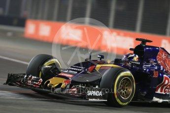 World © Octane Photographic Ltd. Scuderia Toro Rosso STR10 – Max Verstappen. Friday 18th September 2015, F1 Singapore Grand Prix Practice 2, Marina Bay. Digital Ref: 1429LB1D6073