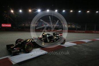 World © Octane Photographic Ltd. Lotus F1 Team E23 Hybrid – Pastor Maldonado. Friday 18th September 2015, F1 Singapore Grand Prix Practice 2, Marina Bay. Digital Ref: 1429LB1D6481