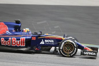 World © Octane Photographic Ltd. Scuderia Toro Rosso STR10 – Carlos Sainz Jnr. Wednesday 13th May 2015, F1 In-season testing, Circuit de Barcelona-Catalunya, Spain. Digital Ref: 1269LB1D2822