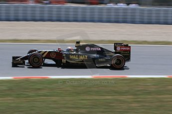World © Octane Photographic Ltd. Lotus F1 Team E23 Hybrid – Romain Grosjean. Saturday 9th May 2015, F1 Spanish GP Qualifying, Circuit de Barcelona-Catalunya, Spain. Digital Ref: 1257CB7D8035