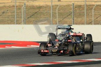 World © Octane Photographic Ltd. Lotus F1 Team E23 Hybrid – Romain Grosjean and Mercedes AMG Petronas F1 W06 Hybrid – Nico Rosberg. Sunday 22nd February 2015, F1 Winter testing, Circuit de Barcelona Catalunya, Spain, Day 4. Digital Ref :1191CB1L8996