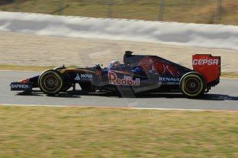 World © Octane Photographic Ltd. Scuderia Toro Rosso STR10 – Carlos Sainz Jnr. Sunday 22nd February 2015, F1 Winter test #2, Circuit de Barcelona Catalunya, Spain, Day 4. Digital Ref: 1191CB1L9396