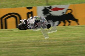 © Octane Photographic Ltd. 2012 World Superbike Championship – European GP – Donington Park. Friday 11th May 2012. WSBK Friday Qualifying practice. Chaz Davies - Aprillia RSV4 Factory. Digital Ref : 0330lw7d3838