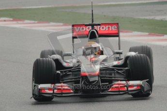 © Octane Photographic 2011. Formula 1 testing Sunday 20th February 2011 Circuit de Catalunya. McLaren MP4/26 - Lewis Hamilton. Digital ref : 0010CB1D1153