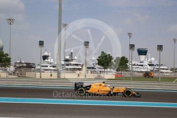 World © Octane Photographic Ltd. Renault Sport F1 Team RS16 - Kevin Magnussen. Friday 25th November 2016, F1 Abu Dhabi GP - Practice 1, Yas Marina circuit, Abu Dhabi. Digital Ref : 1756LB2D7135