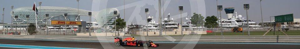 World © Octane Photographic Ltd. Red Bull Racing RB12 – Daniel Ricciardo. Friday 25th November 2016, F1 Abu Dhabi GP - Practice 1, Yas Marina circuit, Abu Dhabi. Digital Ref : 1756LB2D7159