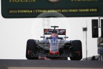 World © Octane Photographic Ltd. Haas F1 Team VF-16 – Romain Grosjean. Saturday 26th November 2016, F1 Abu Dhabi GP - Practice 3, Yas Marina circuit, Abu Dhabi. Digital Ref :