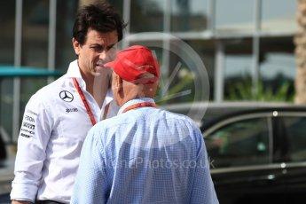 World © Octane Photographic Ltd. Toto Wolff - Executive Director of Mercedes AMG Petronas Formula One Team and Niki Lauda. Saturday 26th November 2016, F1 Abu Dhabi GP - Paddock, Yas Marina circuit, Abu Dhabi. Digital Ref : 1764LB1D9916