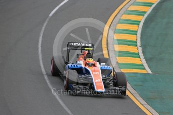 World © Octane Photographic Ltd. Manor Racing MRT05 – Rio Haryanto. Saturday 19th March 2016, F1 Australian GP Qualifying, Melbourne, Albert Park, Australia. Digital Ref : 1521LB1D5309