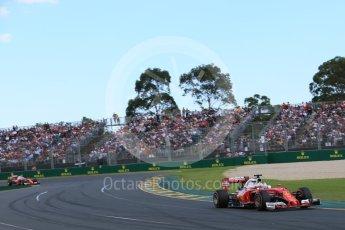 World © Octane Photographic Ltd. Scuderia Ferrari SF16-H – Sebastian Vettel. Sunday 20th March 2016, F1 Australian GP Race, Melbourne, Albert Park, Australia. Digital Ref : 1524LB5D2073