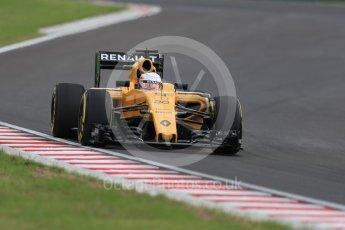 World © Octane Photographic Ltd. Renault Sport F1 Team RS16 - Kevin Magnussen. Friday 22nd July 2016, F1 Hungarian GP Practice 2, Hungaroring, Hungary. Digital Ref : 1641LB1D1789