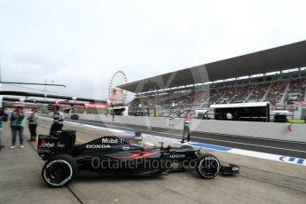 World © Octane Photographic Ltd. McLaren Honda MP4-31 – Fernando Alonso. Saturday 8th October 2016, F1 Japanese GP - Practice 3, Suzuka Circuit, Suzuka, Japan. Digital Ref : 1732LB1D6381
