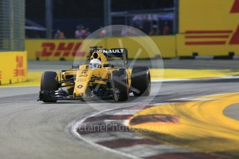 World © Octane Photographic Ltd. Renault Sport F1 Team RS16 - Kevin Magnussen. Friday 16th September 2016, F1 Singapore GP Practice 1, Marina Bay Circuit, Singapore. Digital Ref :