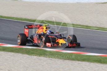World © Octane Photographic Ltd. Red Bull Racing RB12 – Max Verstappen. Friday 13th May 2016, F1 Spanish GP - Practice 1, Circuit de Barcelona Catalunya, Spain. Digital Ref : 1536CB1D7341