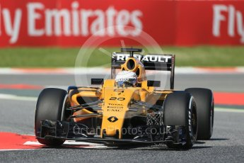 World © Octane Photographic Ltd. Renault Sport F1 Team RS16 - Kevin Magnussen. Friday 13th May 2016, F1 Spanish GP - Practice 1, Circuit de Barcelona Catalunya, Spain. Digital Ref : 1536LB1D3875