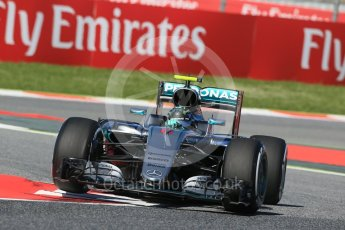 World © Octane Photographic Ltd. Mercedes AMG Petronas W07 Hybrid – Nico Rosberg. Friday 13th May 2016, F1 Spanish GP - Practice 1, Circuit de Barcelona Catalunya, Spain. Digital Ref : 1536LB1D4087