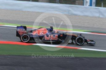 World © Octane Photographic Ltd. Scuderia Toro Rosso STR11 – Daniil Kvyat. Friday 13th May 2016, F1 Spanish GP Practice 2, Circuit de Barcelona Catalunya, Spain. Digital Ref : 1539CB1D8395