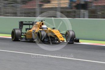 World © Octane Photographic Ltd. Renault Sport F1 Team RS16 - Kevin Magnussen. Saturday 14th May 2016, F1 Spanish GP - Qualifying, Circuit de Barcelona Catalunya, Spain. Digital Ref : 1546CB1D9811