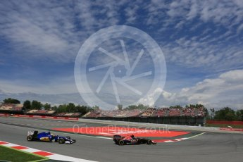 World © Octane Photographic Ltd. Scuderia Toro Rosso STR11 – Carlos Sainz. Saturday 14th May 2016, F1 Spanish GP - Qualifying, Circuit de Barcelona Catalunya, Spain. Digital Ref : 1546LB5D4171