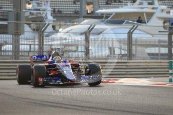 World © Octane Photographic Ltd. Formula 1 - Abu Dhabi Grand Prix - Friday - Practice 2. Brendon Hartley - Scuderia Toro Rosso STR12. Yas Marina Circuit, Abu Dhabi. Friday 24th November 2017. Digital Ref: 2003CB1L6453