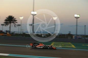World © Octane Photographic Ltd. Formula 1 - Abu Dhabi Grand Prix - Friday - Practice 2. Fernando Alonso - McLaren Honda MCL32. Yas Marina Circuit, Abu Dhabi. Friday 24th November 2017. Digital Ref: 2003LB2D9026
