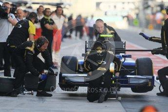 World © Octane Photographic Ltd. FIA Formula 2 (F2) - Practice. Oliver Rowland – DAMS. Abu Dhabi Grand Prix, Yas Marina Circuit. 24th November 2017. Digital Ref:2000CB1L5704