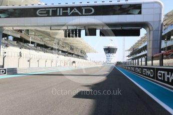 World © Octane Photographic Ltd. GP3 - Race 1. The run to turn 1. Abu Dhabi Grand Prix, Yas Marina Circuit. Saturday 25th November 2017. Digital Ref: