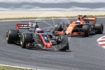 World © Octane Photographic Ltd. Formula 1 - Spanish Grand Prix Race. Romain Grosjean - Haas F1 Team VF-17 and Fernando Alonso - McLaren Honda MCL32. Circuit de Barcelona - Catalunya, Spain. Sunday 14th May 2017. Digital Ref:1825LB2D8941