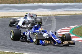 World © Octane Photographic Ltd. Formula 1 - Spanish Grand Prix Race. Pascal Wehrlein – Sauber F1 Team C36 and Lance Stroll - Williams Martini Racing FW40. Circuit de Barcelona - Catalunya, Spain. Sunday 14th May 2017. Digital Ref:1825LB2D8948
