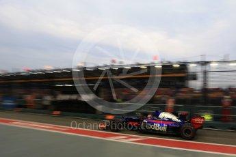 World © Octane Photographic Ltd. Formula 1 - Singapore Grand Prix - Practice 3. Daniil Kvyat - Scuderia Toro Rosso STR12. Marina Bay Street Circuit, Singapore. Saturday 16th September 2017. Digital Ref:1962LB2D1670
