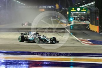 World © Octane Photographic Ltd. Formula 1 - Singapore Grand Prix - Race. Valtteri Bottas - Mercedes AMG Petronas F1 W08 EQ Energy+. Marina Bay Street Circuit, Singapore. Sunday 17th September 2017. Digital Ref: