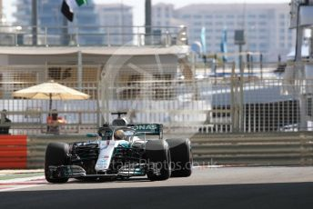 World © Octane Photographic Ltd. Formula 1 –  Abu Dhabi GP - Practice 1. Mercedes AMG Petronas Motorsport AMG F1 W09 EQ Power+ - Lewis Hamilton. Yas Marina Circuit, Abu Dhabi. Friday 23rd November 2018.