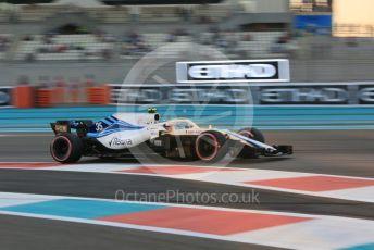 World © Octane Photographic Ltd. Formula 1 –  Abu Dhabi GP - Practice 2. Williams Martini Racing FW41 – Sergey Sirotkin. Yas Marina Circuit, Abu Dhabi. Friday 23rd November 2018.