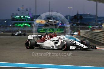 World © Octane Photographic Ltd. Formula 1 –  Abu Dhabi GP - Practice 2. Alfa Romeo Sauber F1 Team C37 – Charles Leclerc and Williams Martini Racing FW41 – Sergey Sirotkin. Yas Marina Circuit, Abu Dhabi. Friday 23rd November 2018.